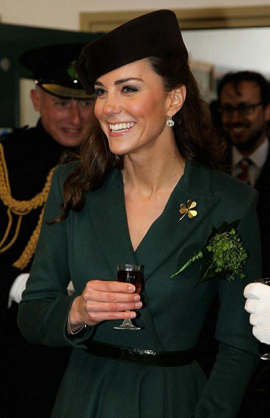 Půvabná vévodkyně Kate.