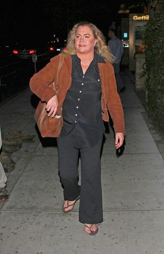 Kathleen Turner se nesnaží za každou cenu vypadat jako dřív.