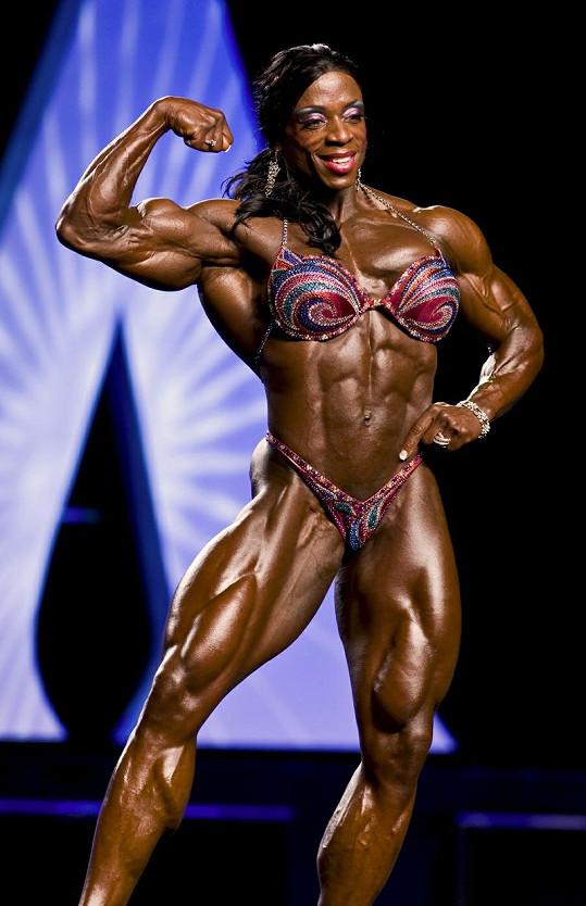 Sedmatřiletiletá Američanka Iris Kyle je vítězkou Ms. Olympia již posedmé.