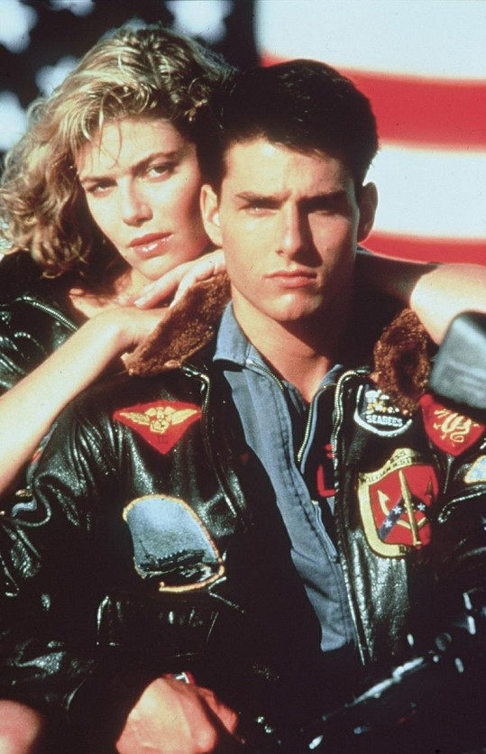 Kelly a Tom Cruise ve filmu Top Gun.
