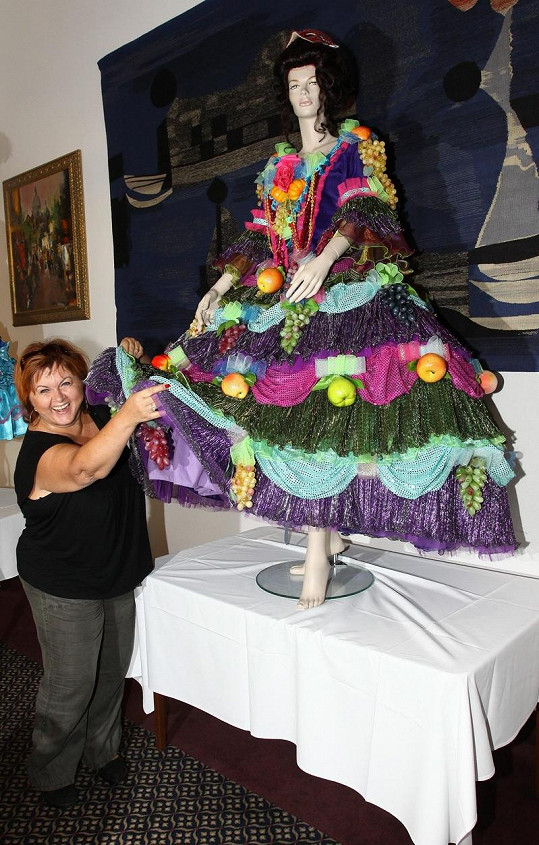 Hana Křížková se svým kostýmem zlé macechy.