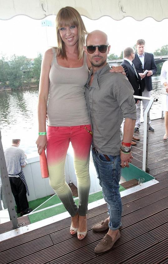 Diana Kobzanová se svým stylistou Filipem Vaňkem.
