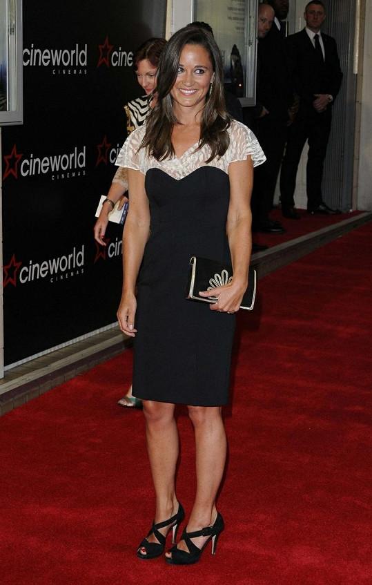 Pippa Middleton na premiéře filmu Shadow Dancer.