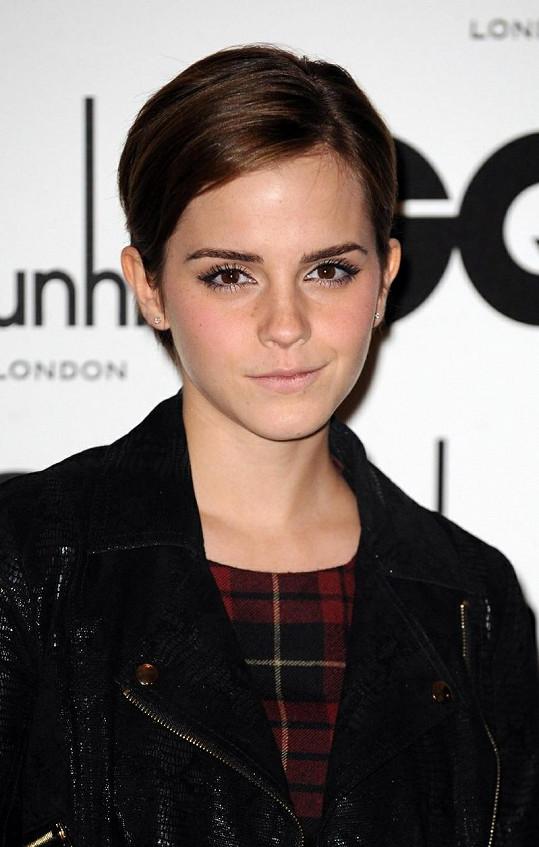 Emma Watson ještě v krátkých vlasech.