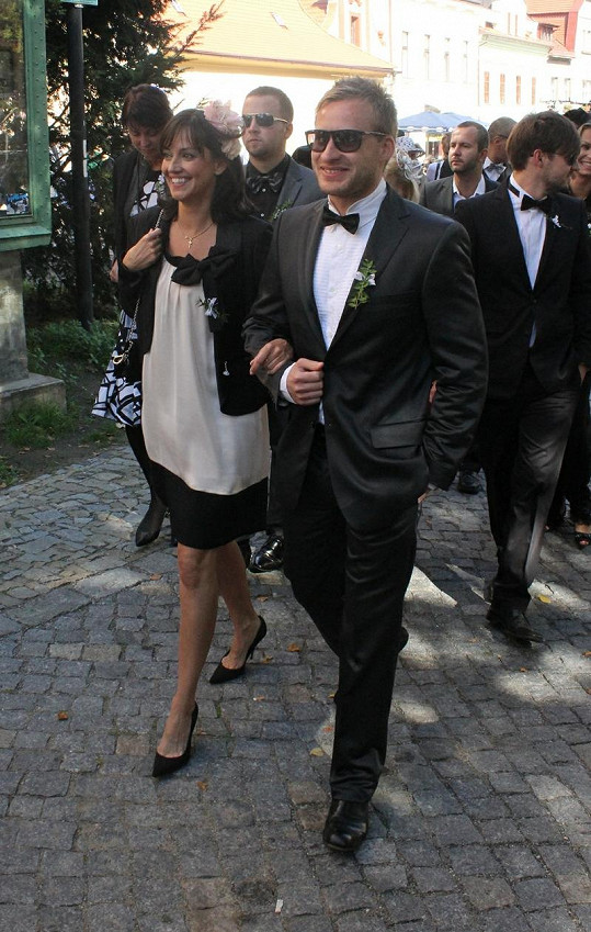 Tereza Brodská na svatbě.
