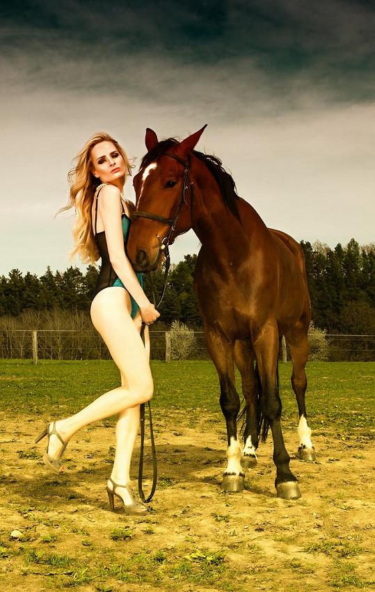 Markéta Divišová má dokonalé tělo.
