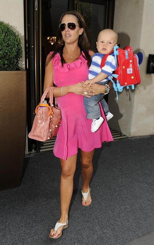 Danielle Lloyd a její starší syn Archie.