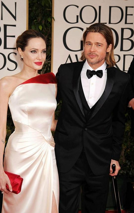 Angelina a Brad na předávání Zlatých glóbů.