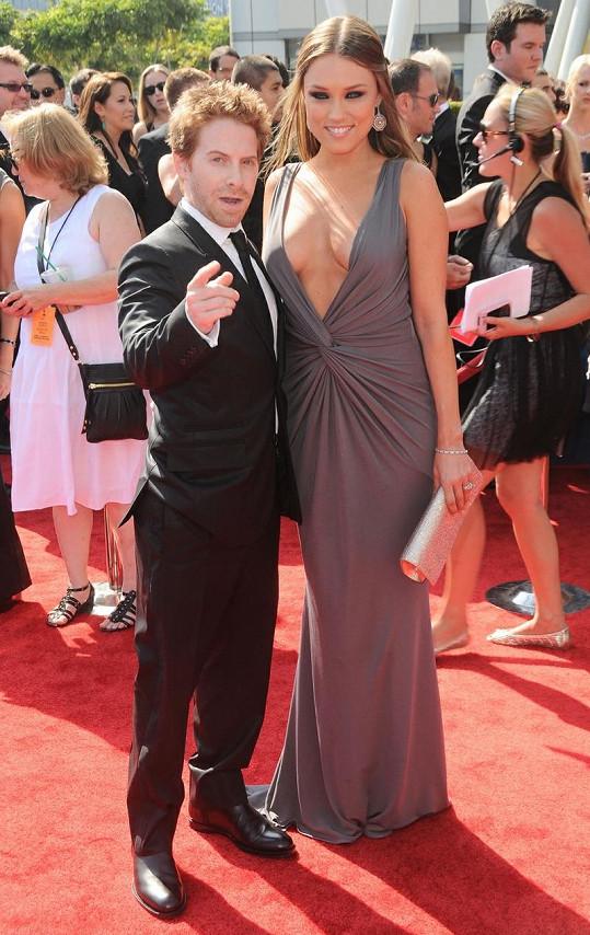 Seth s Clare na předávání Creative Arts Emmy Awards.