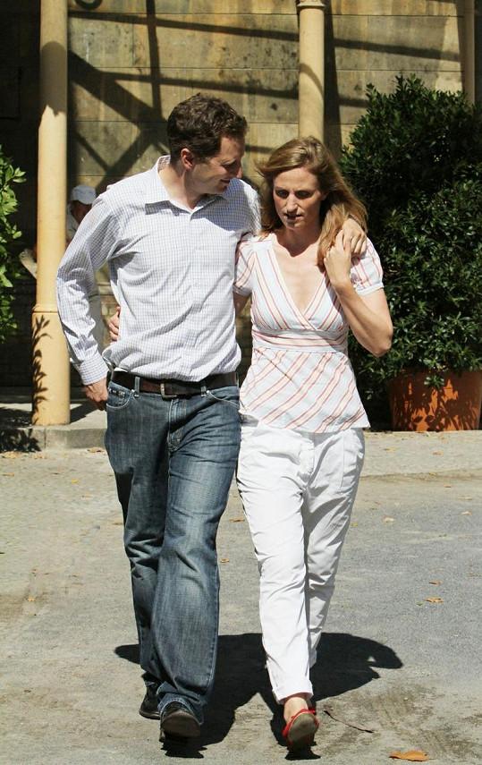 Princ i princezna pracují v civilním životě jako konzultanti.