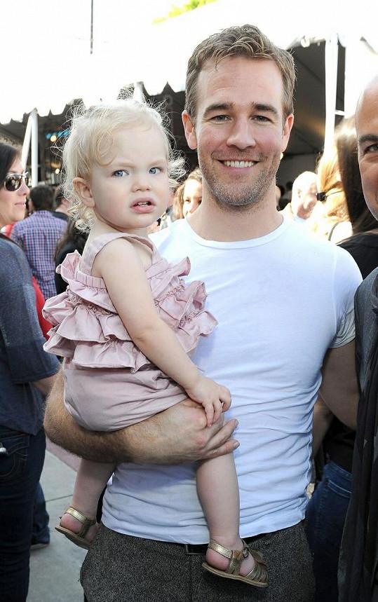 Americký herec s dcerou Olivií.