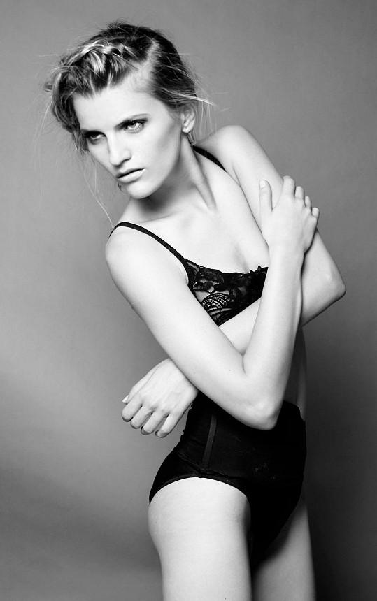 Veronika Chmelířová je přirozeně krásnou ženou.