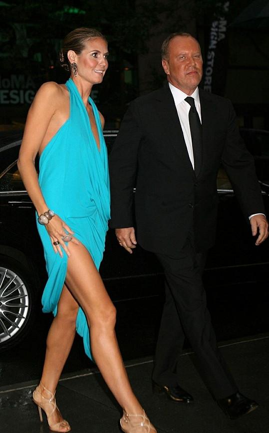 Heidi Klum s návrhářem Michaelem Korsem.