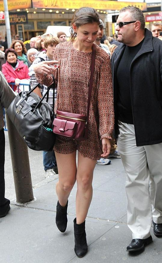 Katie si podobné outfity může s klidem dovolit.