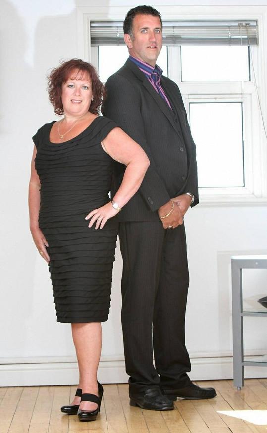 Paul dnes váží 104 a Kerrie 72 kilogramů.