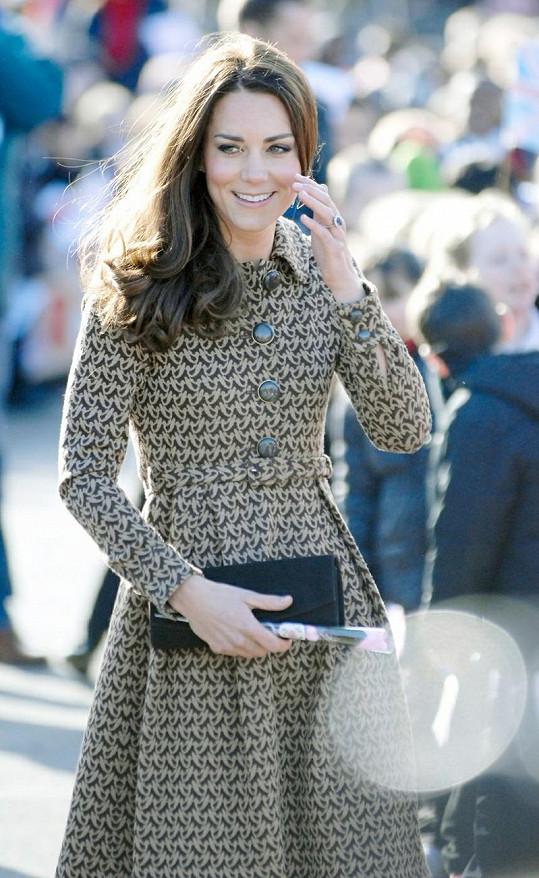Pro návrháře nastávají zlaté časy, pokud si Kate vybere módní kousek z jejich dílny.