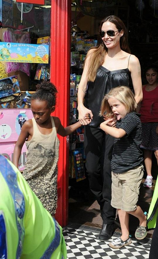 Angelina, Zahara a Shiloh.