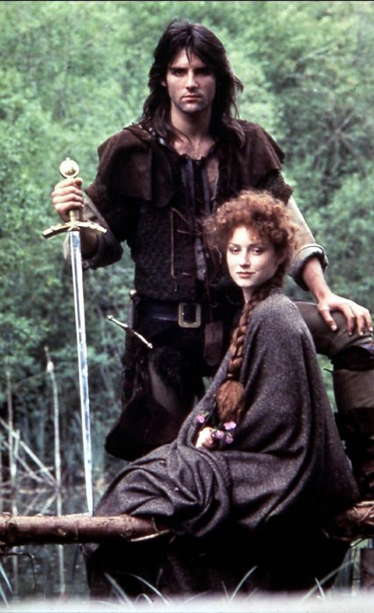 Praed jako Robin Hood se svou seriálovou milou Marion.