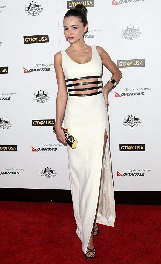 Miranda Kerr je vždy středem pozornosti.