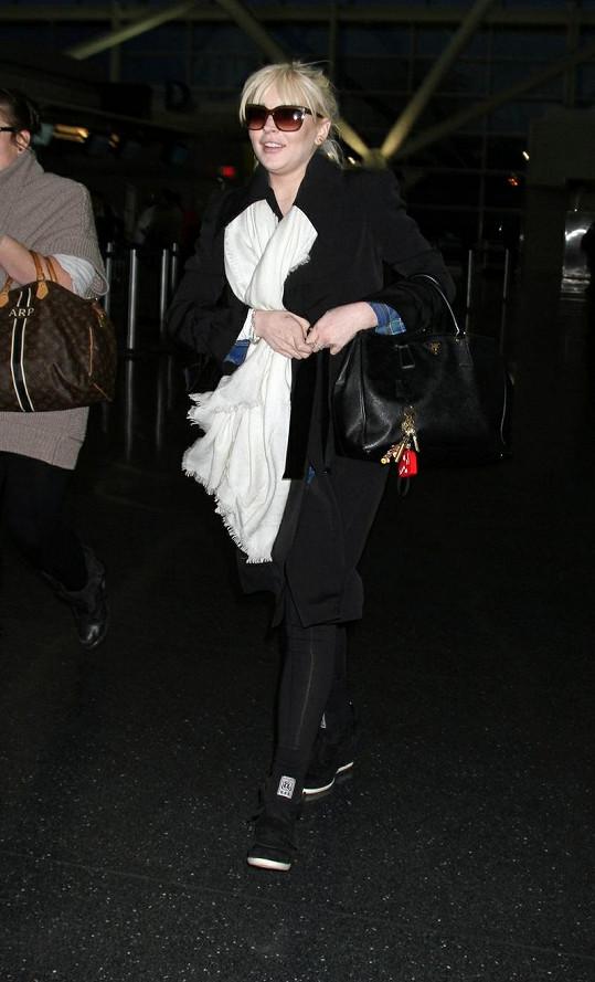 Lindsay na své cestě do New Yorku, kde vystupovala v pořadu Saturday Night Live.