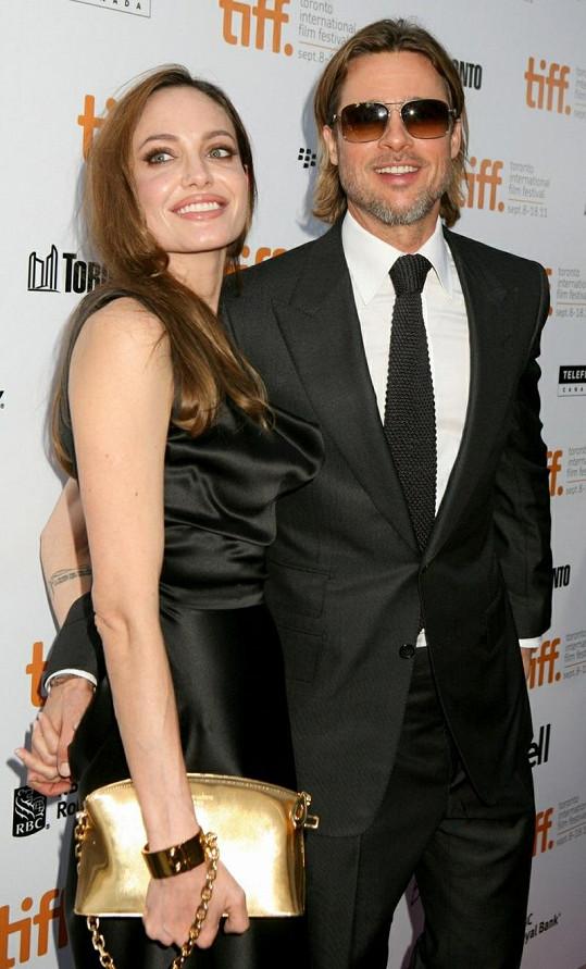 Brad Pitt a Angelina Jolie jsou dokonalý pár už šest let. Kdy bude svatba?
