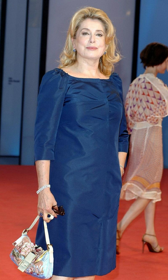 Catherine Deneuve bude 39. držitelkou Chaplinovy ceny.