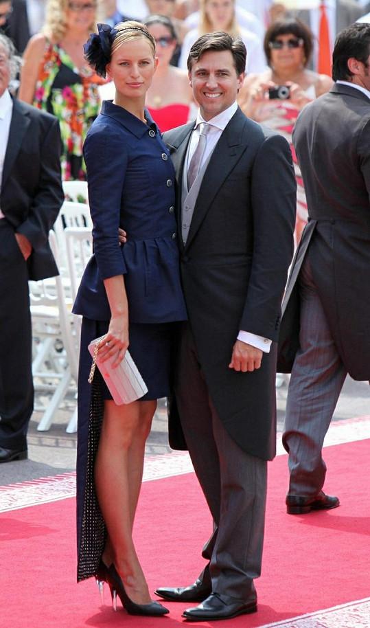 Karolína Kurková se svým snoubencem Archiem Drurym.