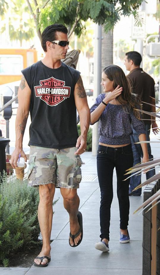 Lorenzo Lamas a jeho dospívající dcera Alexandra.
