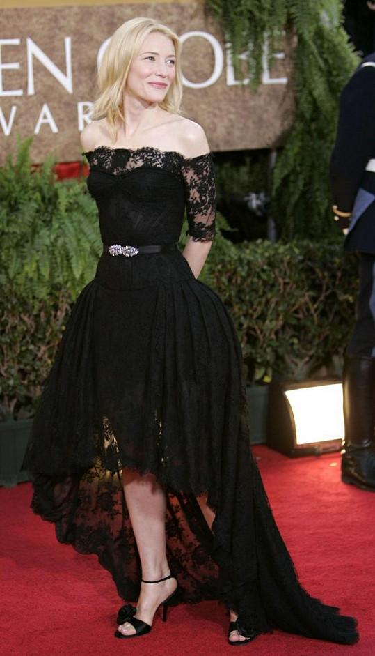 Cate Blanchett v modelu od Alexadera McQueena.