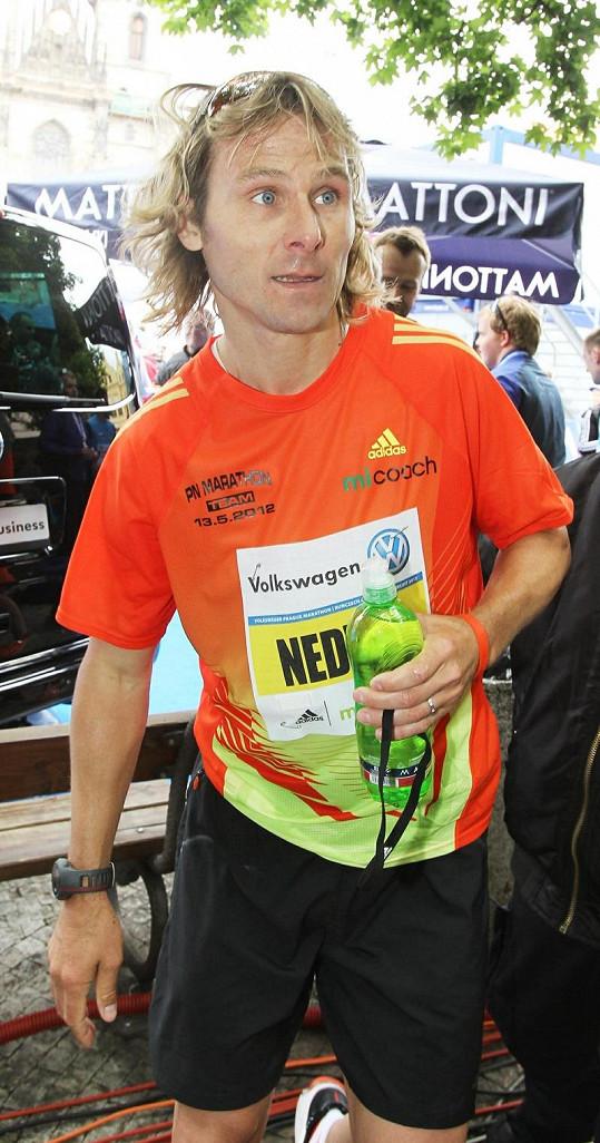 Maratonu se zúčastnil i fotbalista Pavel Nedvěd.