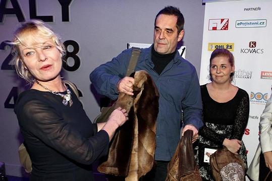 Vilma dorazila s manželem Miroslavem Etzlerem a jeho dcerou Markétou.