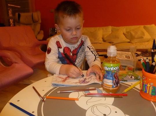 Své narozeniny oslavil Kristián malováním obrázků.