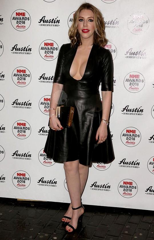 V kožených šatech byla Katherine mimořádně žhavá.