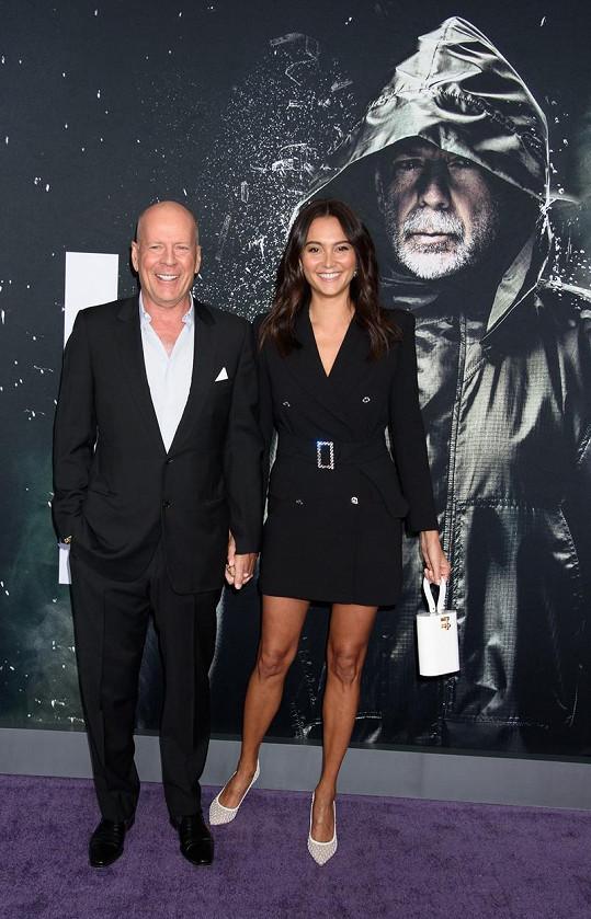Bruce Willis se současnou manželkou Emmou Heming
