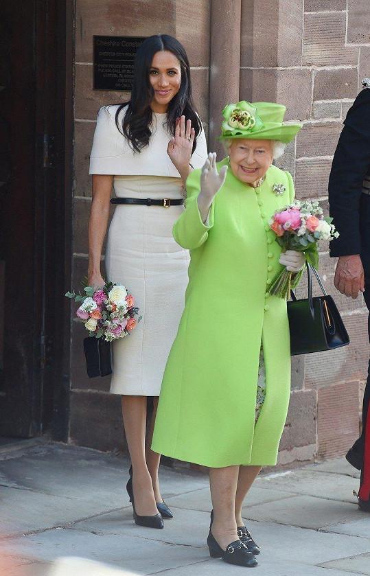 Návštěva Cheshiru s královnou Alžbětou II.