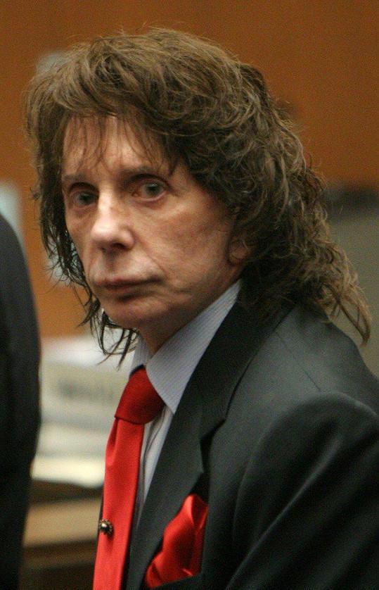 Phil Spector už sedí osm let ve vězení.
