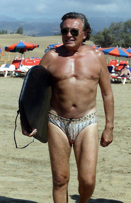 Karel Gott na dovolené na Kanárských ostrovech v roce 2006