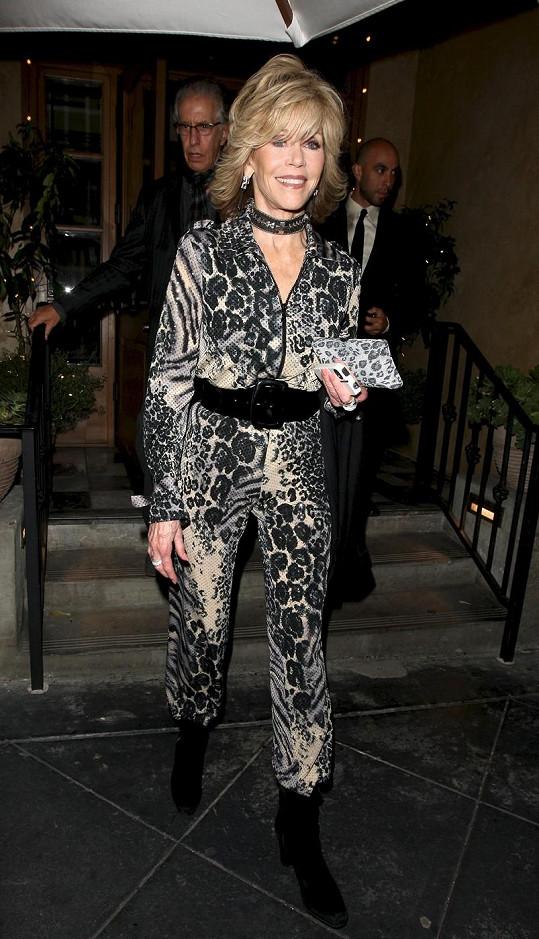 Útlounká herečka navštívila párty ve West Hollywoodu.
