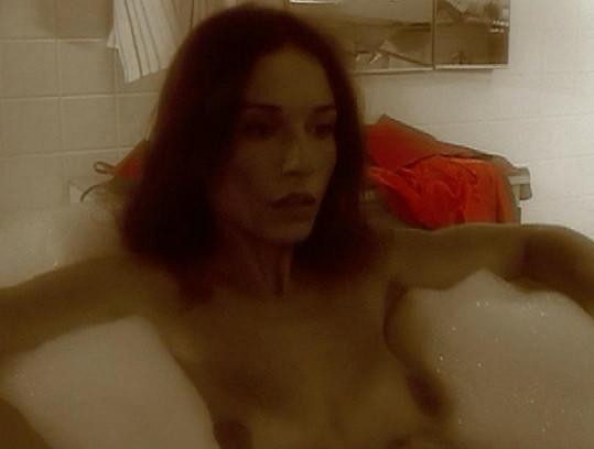 Michaela Kuklová odhalila své vnady ve filmu Ruth to vidí jinak.