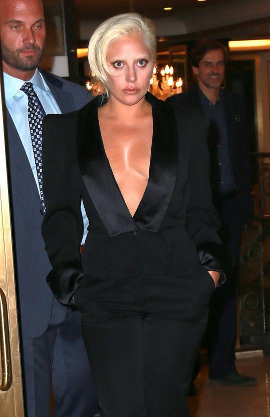 Lady Gaga opět provokuje.