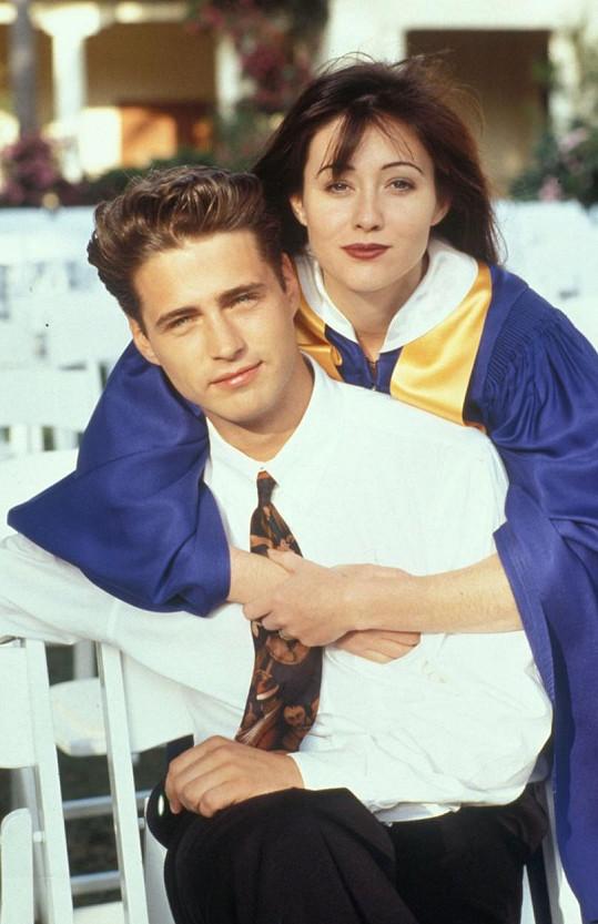 Ve slavném seriálu si zahráli sourozence Brandona a Brendu.