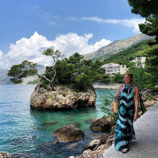 Konvičková si po učení na státnice dopřává relax v Chorvatsku.