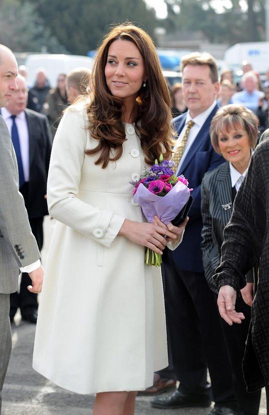 Kate to v kabátku Jojo Maman Babe moc slušelo.