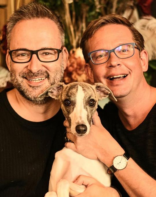 Michal Jagelka a Aleš Cibulka si pořídili domácího mazlíčka.