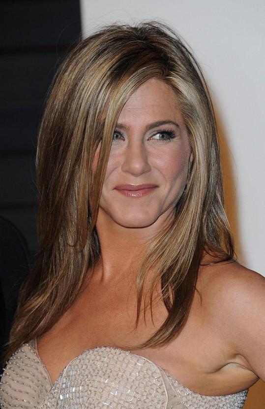 Jennifer Aniston na oscarové párty Vanity Fair