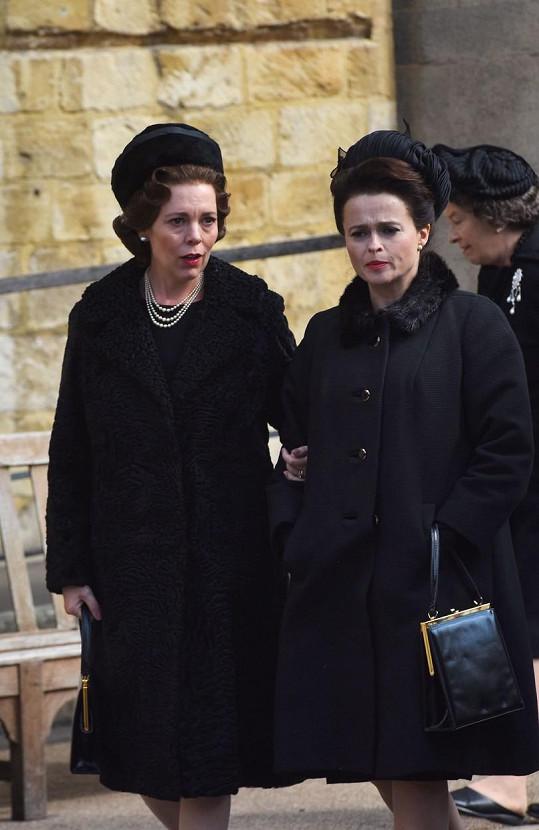Jako královna Alžběta II. a princezna Margaret