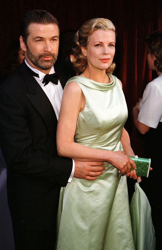Ireland je dcerou herců Aleca Baldwina a Kim Basinger.
