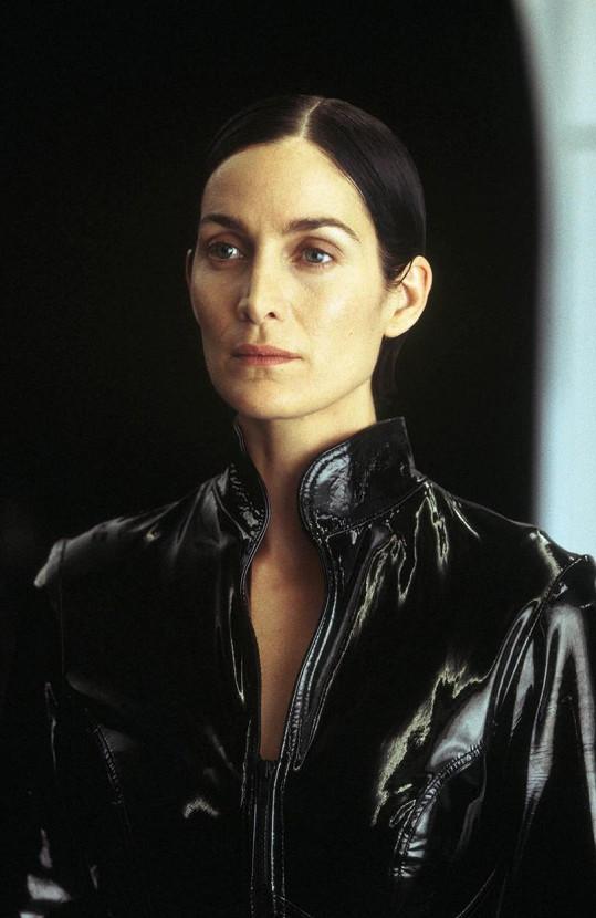 Trinity nakonec bravurně ztvárnila Carrie-Anne Moss.