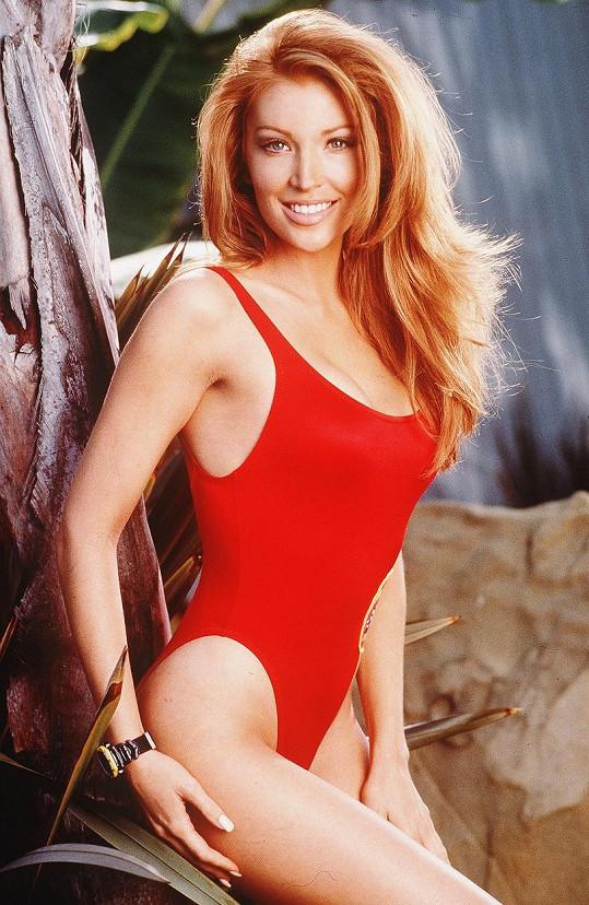 Angelica Bridges si v letech 1997-1998 zahrála v Pobřežní hlídce.