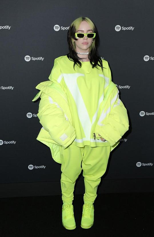 Billie má svůj osobitý styl, který je inspirací pro mladší generaci.